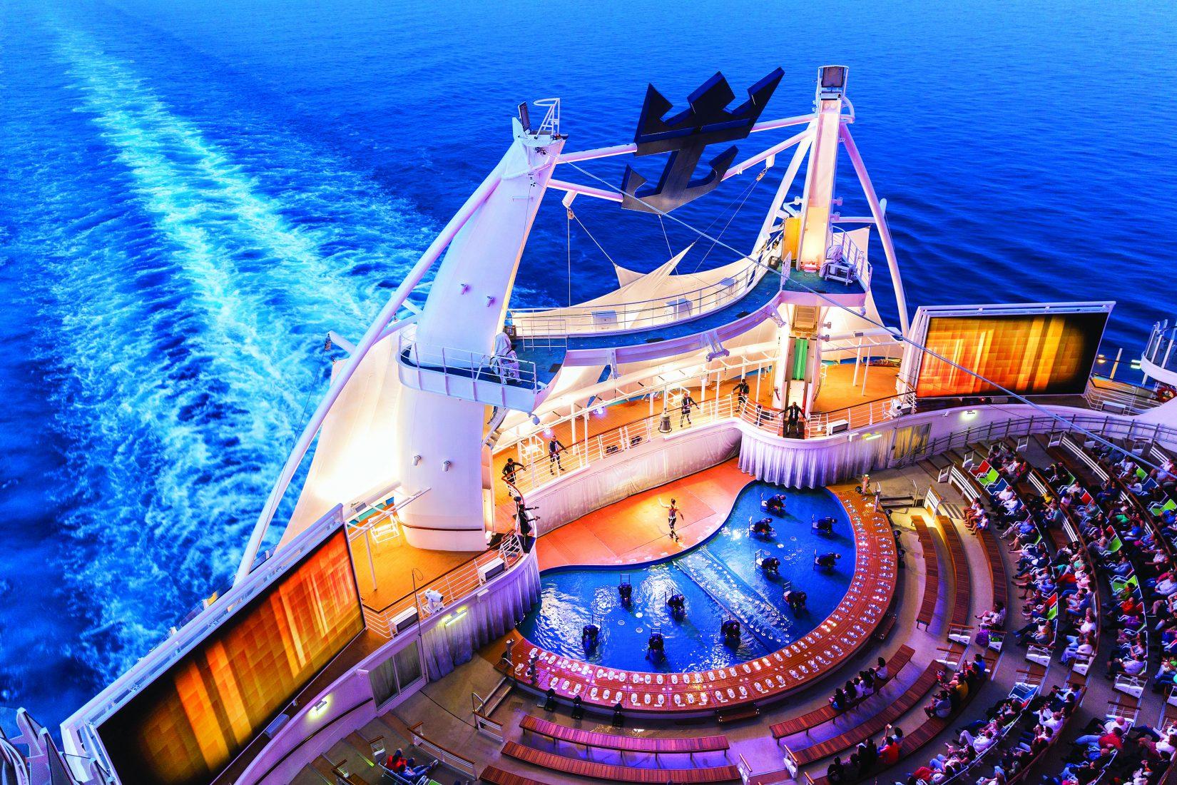 ภาพรวมล่องเรือสำราญ : สายเรือ Royal Caribbean International : ที่สุดของการท่องเที่ยวแบบครอบครัว