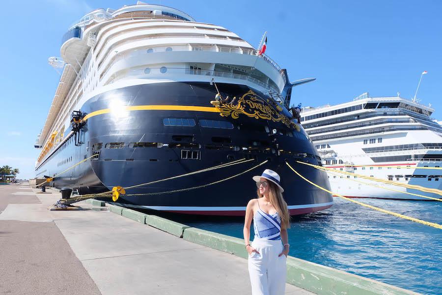 ภาพรวมล่องเรือสำราญ : สายเรือ Regent Seven Seas Cruises : หรูอลังการ ไฮโซที่สุดในโลกภาพรวมล่องเรือสำราญ : สายเรือ Regent Seven Seas Cruises : หรูอลังการ ไฮโซที่สุดในโลก